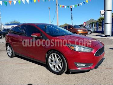 Ford Focus 5P SE APPEARANCE L4 2.0 AUT usado (2015) color Rojo precio $180,000