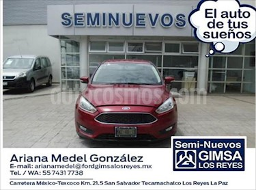 Ford Focus SE 4 PTAS AT usado (2015) color Rojo precio $155,000