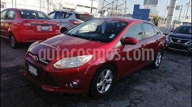Ford Focus 4p SE aut usado (2012) color Rojo precio $123,000