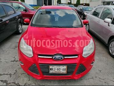 Ford Focus 4P AMBIENTE L4 2.0 MAN usado (2014) color Rojo precio $130,000