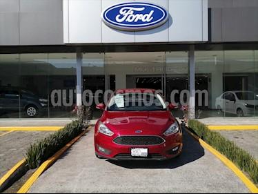 Ford Focus SE TA 4 PTAS usado (2016) color Rojo precio $180,000