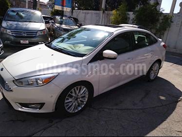 Foto Ford Focus Titanium Aut usado (2016) color Blanco precio $256,000
