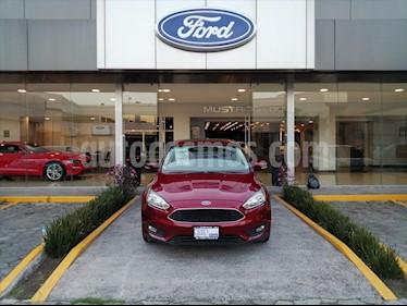 Ford Focus SE TM 5 PTAS usado (2017) color Rojo precio $228,000