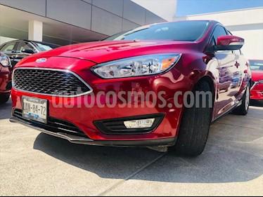 Foto Ford Focus SE TM 4 PTAS usado (2016) color Rojo precio $200,000