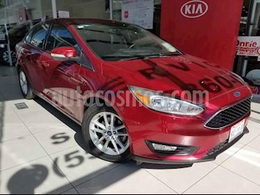 Ford Focus 4p SE L4/2.0 Man usado (2016) color Rojo precio $185,000