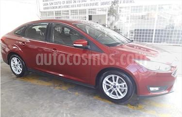 Ford Focus SE usado (2015) color Rojo precio $178,000