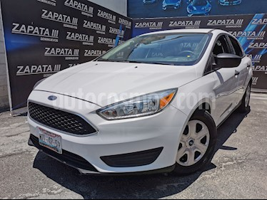 Ford Focus S Aut usado (2015) color Blanco Oxford precio $155,000