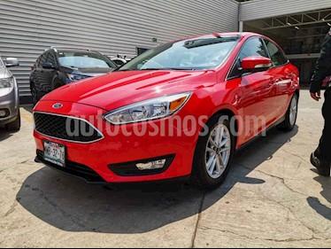 Ford Focus 4p SE L4/2.0 Aut usado (2015) color Rojo precio $179,000