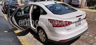 Foto venta Auto usado Ford Focus S Aut (2012) color Blanco precio $123,697