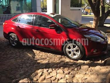 Foto venta Auto Seminuevo Ford Focus SE 4-ptas AT (2013) color Rojo precio $155,000