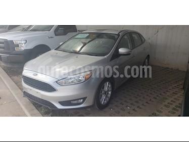 Foto venta Auto usado Ford Focus SE 4-ptas MT (2016) color Gris precio $228,000