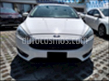 Foto Ford Focus SE 5 PTAS AT usado (2015) color Blanco precio $153,000