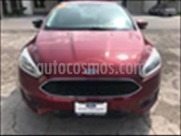 Ford Focus SE Aut usado (2015) color Rojo precio $185,000