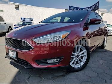 Foto venta Auto usado Ford Focus SE Aut (2015) color Rojo Rubi precio $210,000