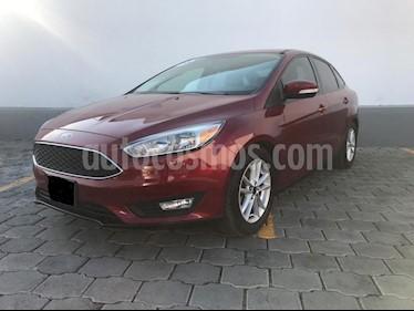 Foto venta Auto usado Ford Focus SE Aut (2016) color Rojo Rubi precio $220,000