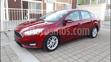 Foto venta Auto Seminuevo Ford Focus SE Aut (2015) color Rojo Racing precio $169,000