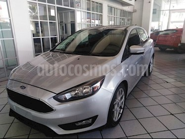 Foto venta Auto usado Ford Focus SE LUXURY - 4pts MT (2016) color Plata precio $237,000