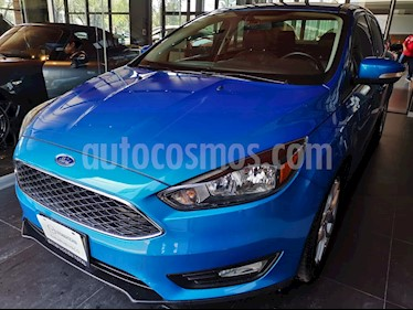 foto Ford Focus SE Luxury Aut usado (2016) color Azul Brillante precio $186,000