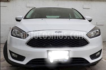 Foto venta Auto usado Ford Focus SE Luxury Aut (2016) color Blanco Oxford precio $218,000