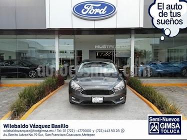 Foto venta Auto usado Ford Focus Sedan SE 4-ptas (2016) color Gris precio $217,000