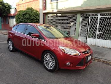 Ford Focus SEL Aut usado (2012) color Rojo Granate precio $129,000