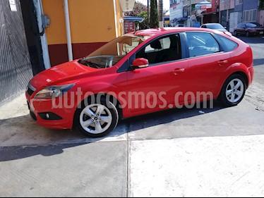 Ford Focus Sport usado (2010) color Rojo Mexicano precio $100,000