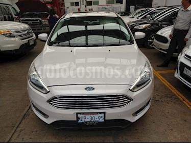 Foto venta Auto usado Ford Focus Titanium Aut (2015) color Blanco precio $199,900