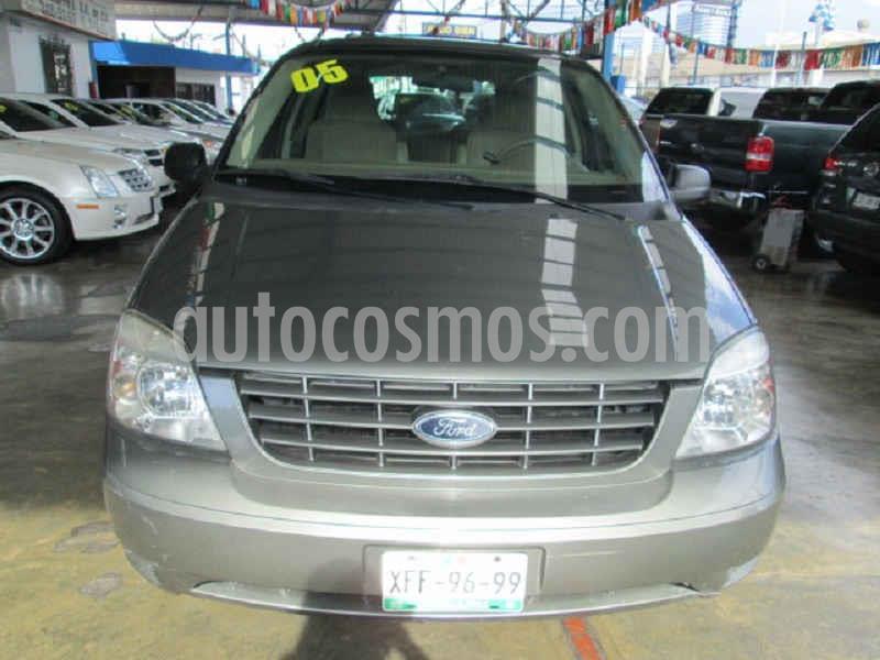Ford Freestar LX usado (2005) color Gris precio $75,000