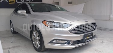Ford Fusion SE Advance usado (2017) color Plata Estelar precio $285,480