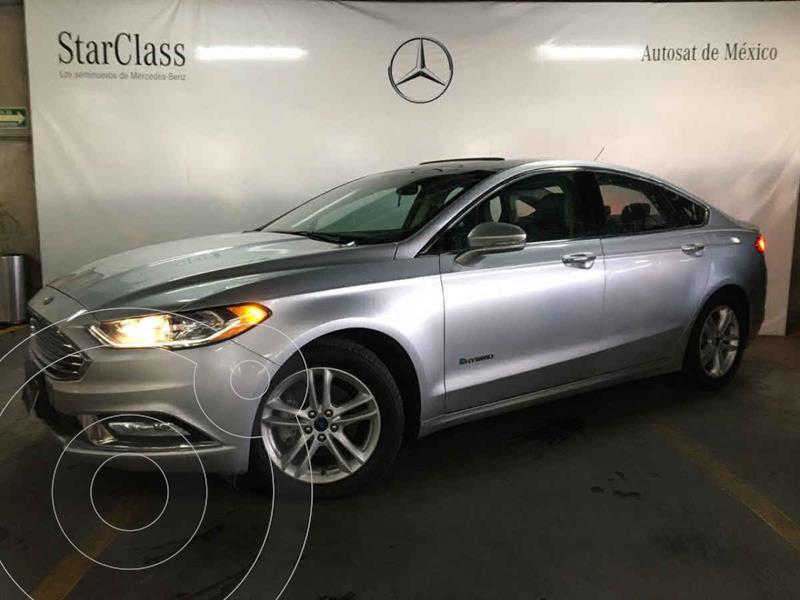 Foto Ford Fusion SE LUX Hibrido usado (2018) color Plata precio $325,000