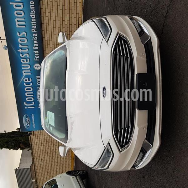 Ford Fusion Titanium usado (2017) color Blanco precio $354,000