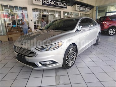 Foto Ford Fusion 4P SE LUXURY L4/2.0/T AUT usado (2017) color Plata precio $345,000