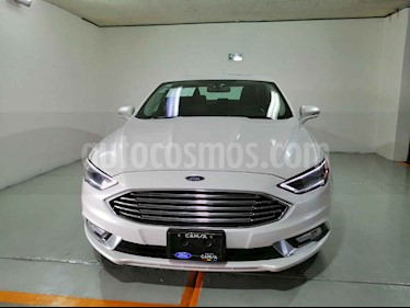 Foto Ford Fusion SE Luxury Plus usado (2017) color Blanco precio $309,900