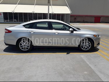 Foto Ford Fusion S Aut usado (2014) color Gris Plata  precio $178,000