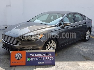 Foto Ford Fusion SE Luxury Plus usado (2016) color Gris precio $222,300