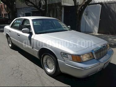Foto venta Auto usado Ford Grand Marquis 4.6 Premium Piel (1998) color Plata precio $69,000