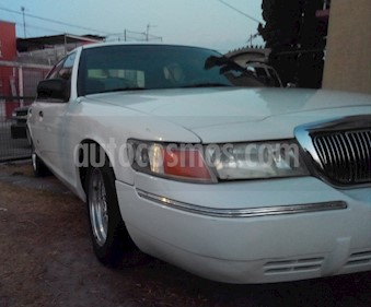 Ford Grand Marquis LS Aut Analogo usado (2001) color Blanco precio $39,000