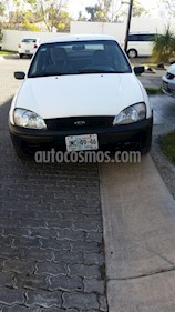 Foto venta Auto usado Ford Ikon Sedan First (2005) color Blanco Oxford precio $33,000