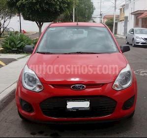 Ford Ikon Ambiente Ac usado (2013) color Rojo precio $89,000