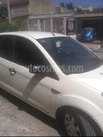 Foto venta Auto usado Ford Ikon Ambiente (2015) color Blanco precio $107,000