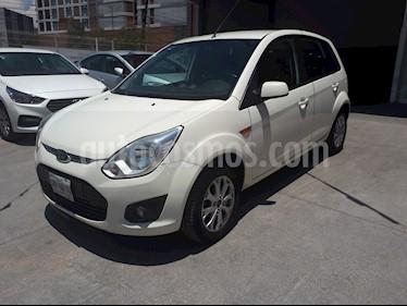 Ford Ikon Trend usado (2013) color Blanco precio $105,000