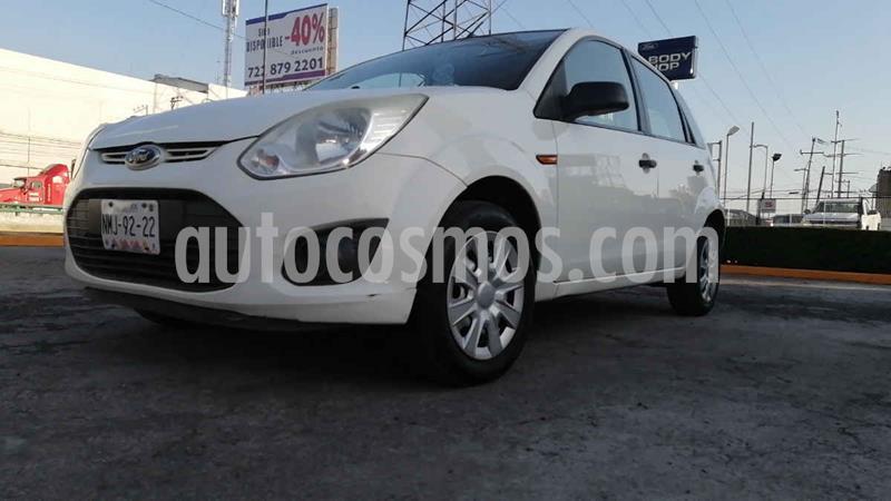 Ford Ikon Ambiente usado (2013) color Blanco precio $87,000