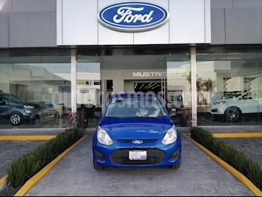 Ford Ikon 5P AMBIENTE L4 1.6 MAN A/A usado (2015) color Azul Electrico precio $94,000
