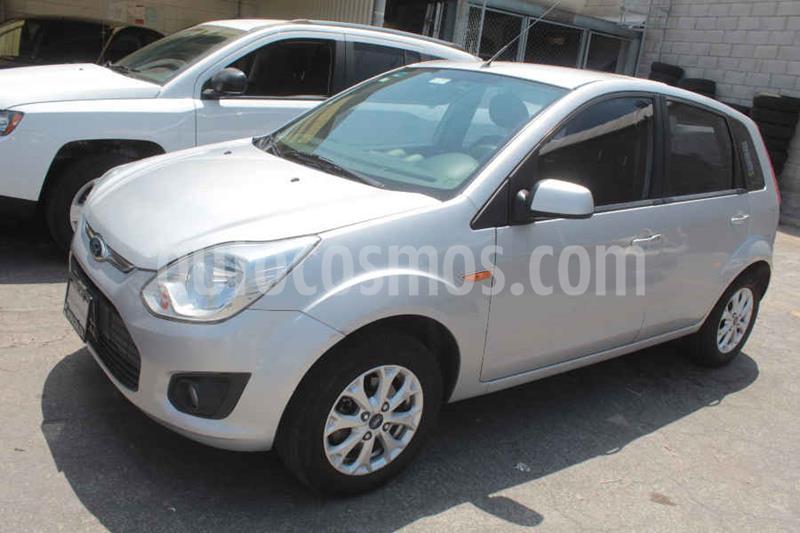 Ford Ikon Ambiente Ac usado (2015) color Plata precio $119,000