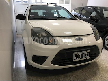 Ford Ka 1.0 Fly Viral usado (2014) color Blanco precio $250.000