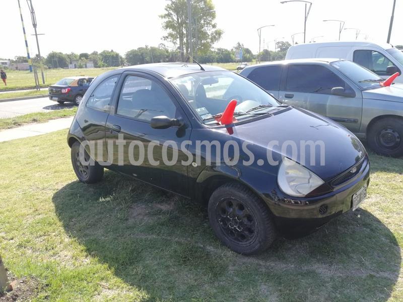 Ford Ka 1.0L Base usado (2001) color Negro precio $330.000