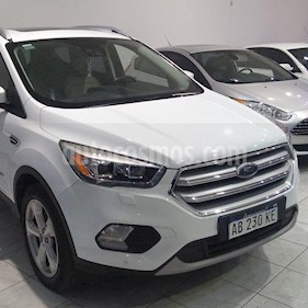 Foto venta Auto usado Ford Kuga 2.0L Titanium 4x4  (2017) color Blanco precio $1.570.000