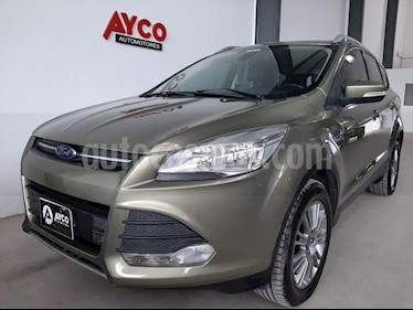 Ford Kuga SEL 1.6T usado (2015) color Dorado