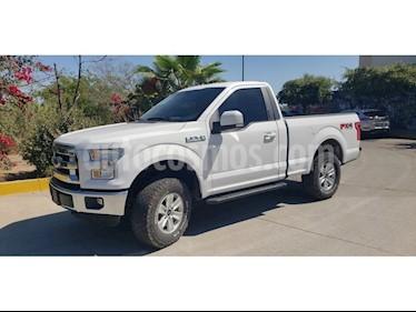 Foto venta Auto usado Ford Lobo 2 PTS. CABINA REGULAR XLT, TA (2016) color Blanco precio $377,000