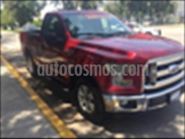 Ford Lobo Cabina Regular XLT 4x2 V8 usado (2017) color Rojo precio $429,000